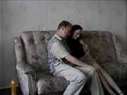 Русское порно папа ебет дочь на диване