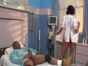 Трахнул на осмотре медсестру