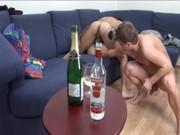 Вдвоем выебали пьяную русскую девку