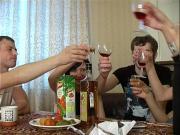 Ебут пьяных русских баб после застолья