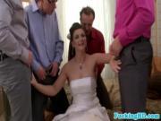 Ебут невесту толпой перед свадьбой