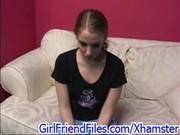 Молоденькая девочка дрочит хер на кастинге